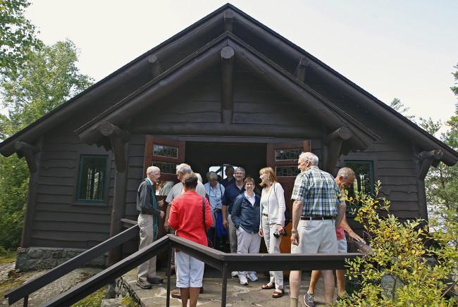 Island Chapel Interdenominational Services, 2014.