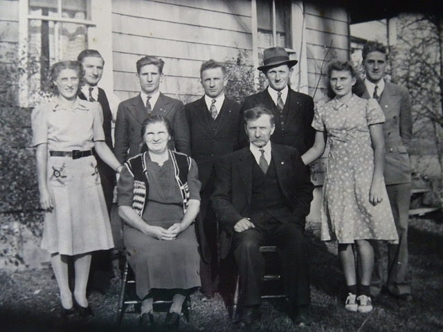 Loretta's mother Vicki (left) with her Polish family (family name Mierek) at the Westernville, NY farm. Photographer and date unknown. Courtesy of Loretta Lepkowski.